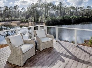 22 Land Rd Bluffton Sc 29910 Zillow Cottage In