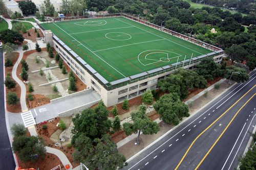 Soccer Lacrosse Field On Top Of Parking Lot Pomona College Parking Structure California By Pomonacollege Goodidea Ar Pomona College Architecture Park