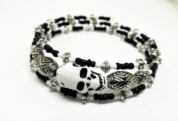 Memory wire skull bracelet, black and white jewellery, monochrome ...