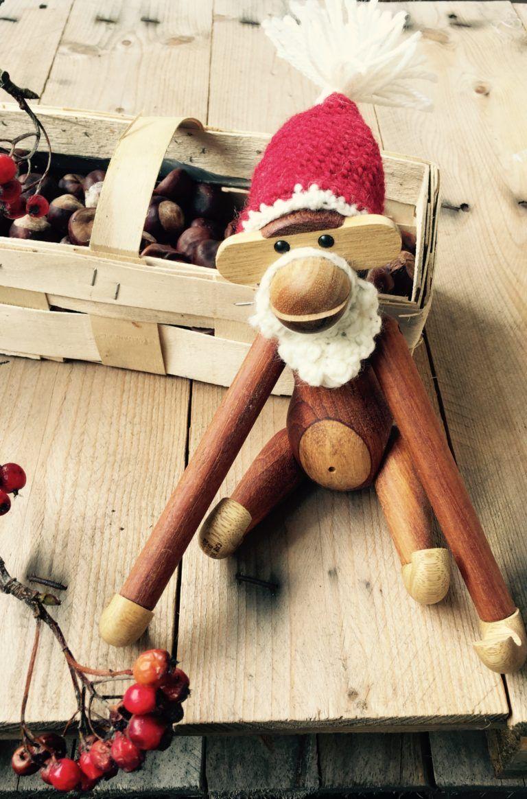 JUL #2: KB abe og sangfugl i nisse forklædning m/opskrift - FantasiFabrikken #hækletjul