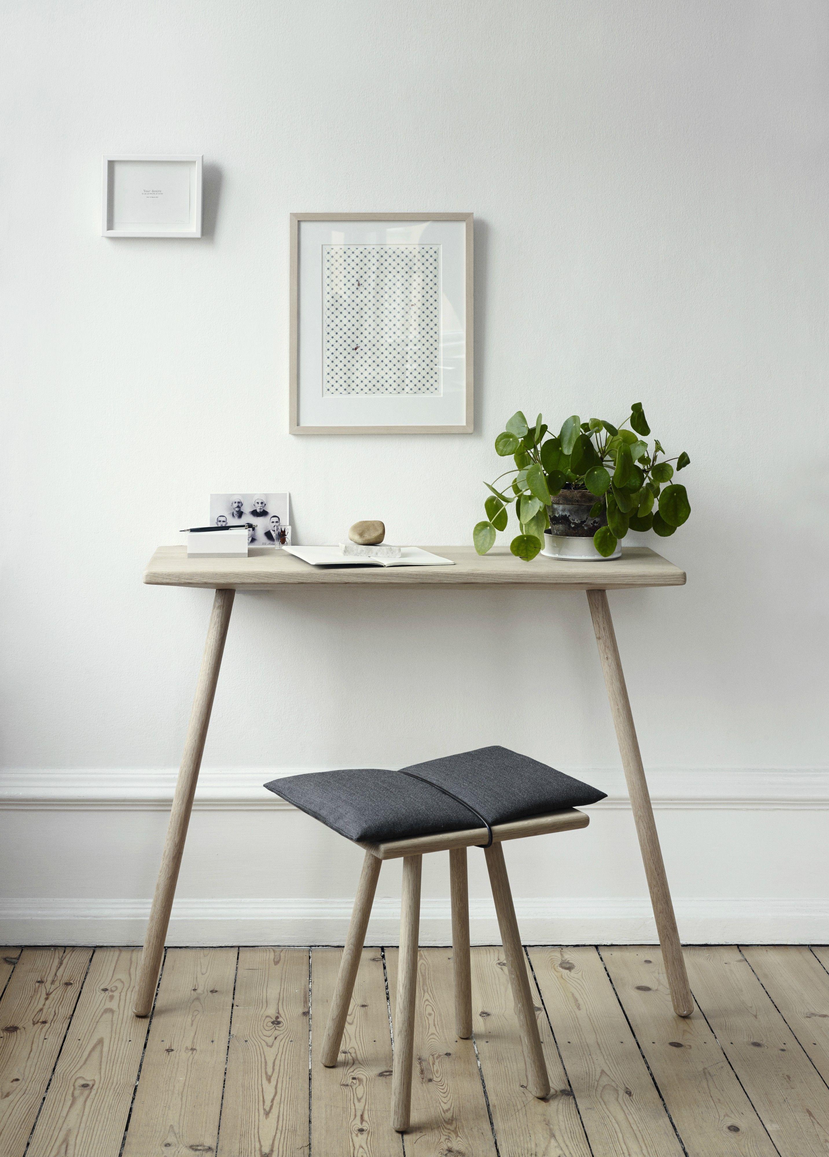 skagerak georg hocker schwarz scandinavian design pinterest m bel konsole und hocker. Black Bedroom Furniture Sets. Home Design Ideas
