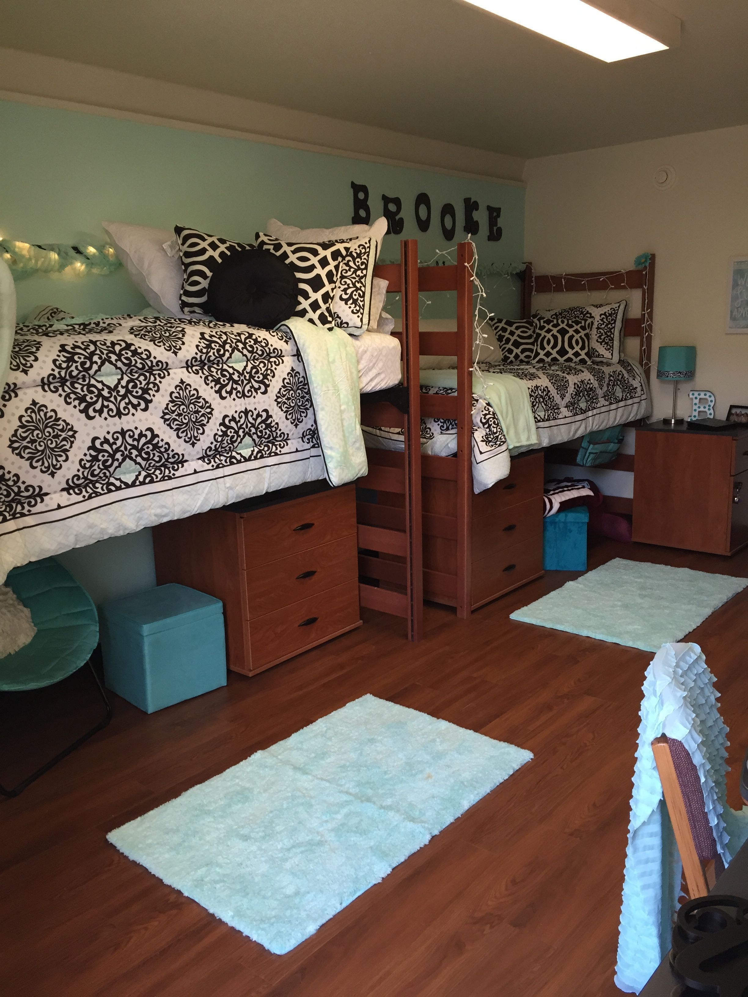 Dorm Room Layouts: Some One-of-a-kind Teen Bed Room