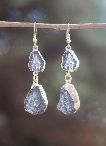 We love these Sloan earrings! They have the perfect amount of natural bling! Only $14!