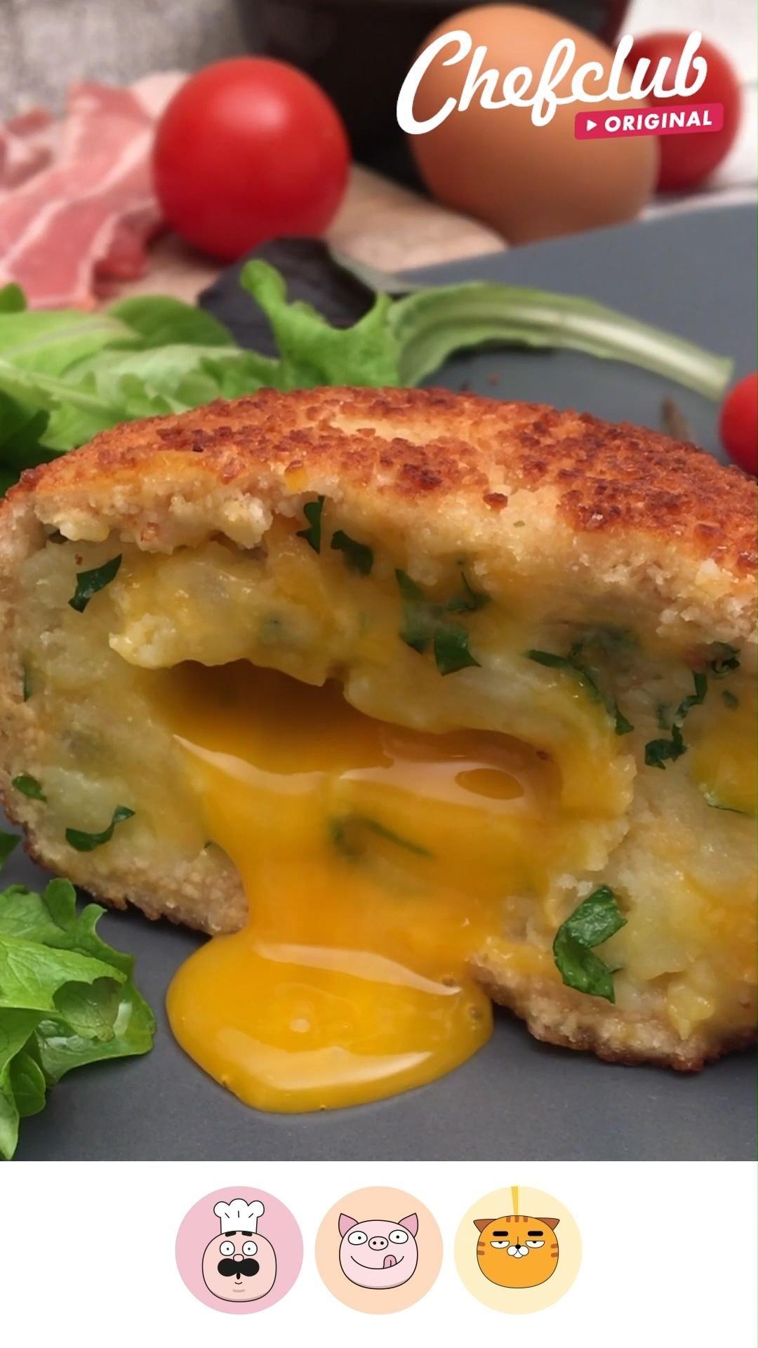 Un palet fourré à base de purée, d'œuf et de fromage, parfait pour les brunchs. Plus de conseils sur notre site.