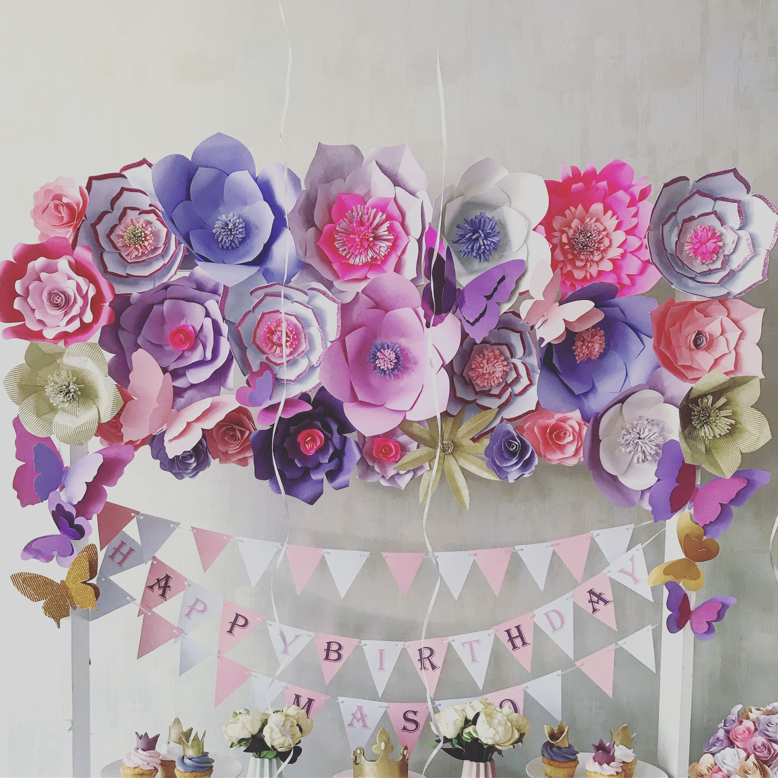 First birthday party Paper flowers  Partymakers  Pinterest