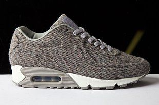 Nike in Tweed