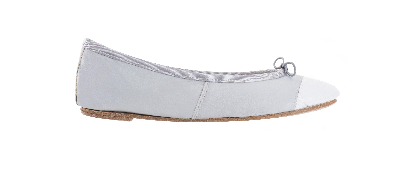 Ballerines en cuir gris bout blanc et biais gris. Fabrication artisanale !
