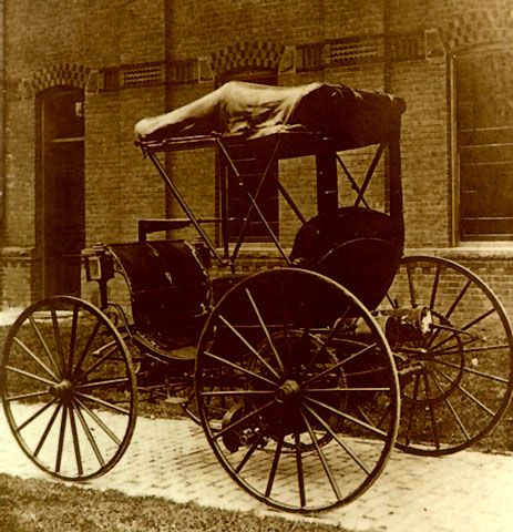 Very First Car Ever Made By 1890 Ransom E Olds Had Built His Second Steam Ed