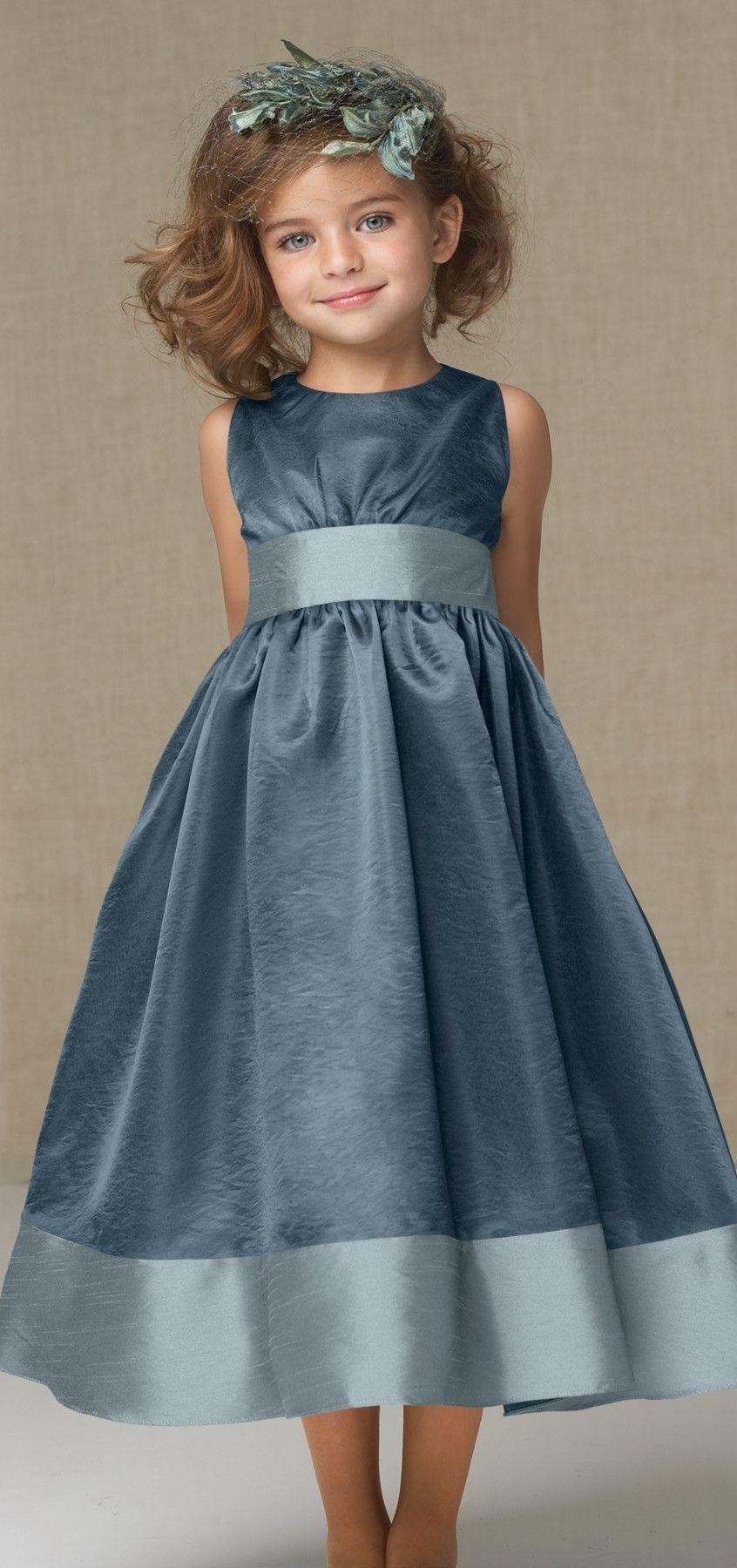 Hermoso vestido para fiesta en color azul en 2 tonos, adorable