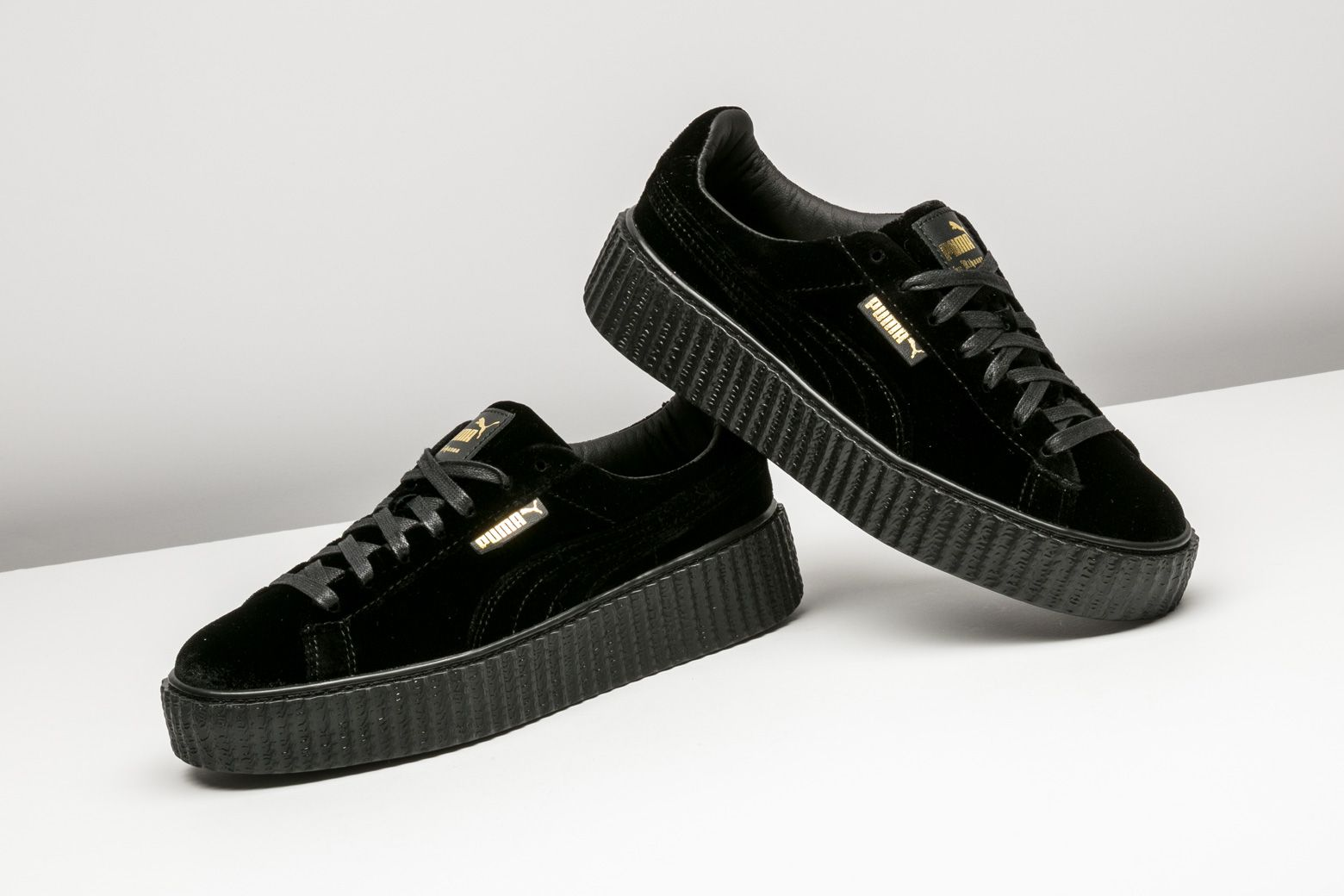 finest selection 44337 aa00d Puma Creeper Velvet 'Fenty' - Size 9W in 2019 | Puma ...