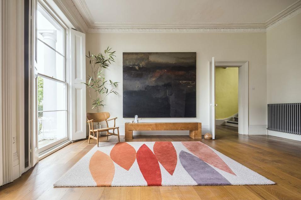 I tappeti quadro helen yardley il colore è la sua passione così come i dipinti darte moderna tra le nuove creazioni della designer britannica helen