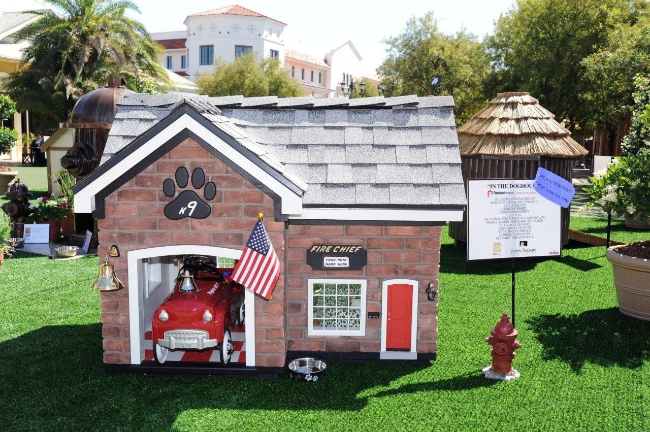 Pics For \u0026gt; Luxury Dog House