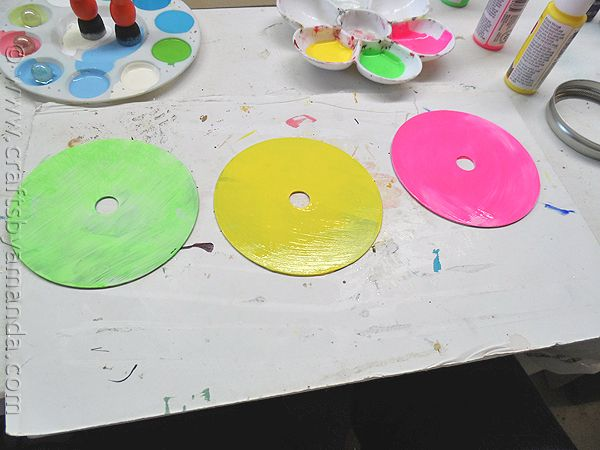 Recycled CD Spinners - Crafts by Amanda #recycledcd