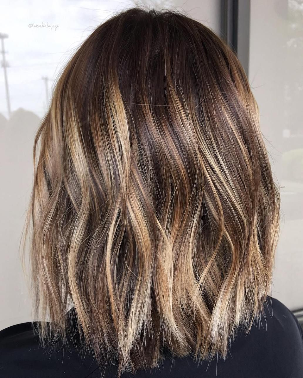 Painted Brunette Lob Hair Styles Brown Hair With Blonde Highlights Balayage Hair