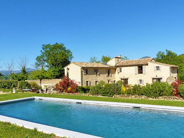 Epingle Sur Secret Places In Provence