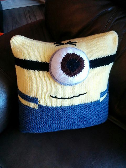 Free Knitting Pattern For Minion Cushion Pattern By Homespooled