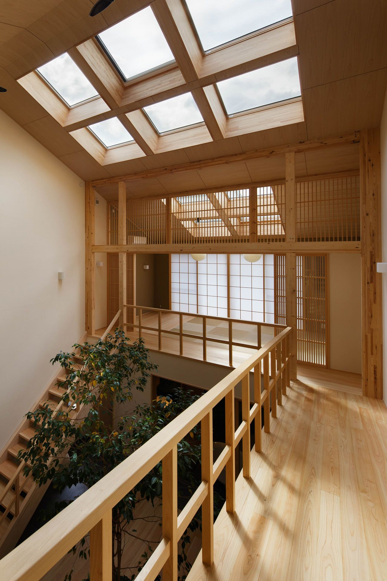 A Family House in Kyoto with a Tree Growing in the Middle - Design Milk
