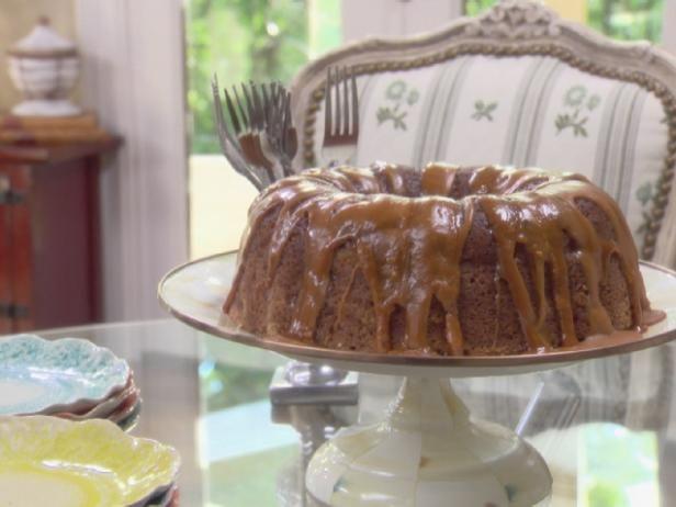 Fresh Apple Cake Recipe Fresh Apple Cake Food Network Recipes Apple Cake Recipes
