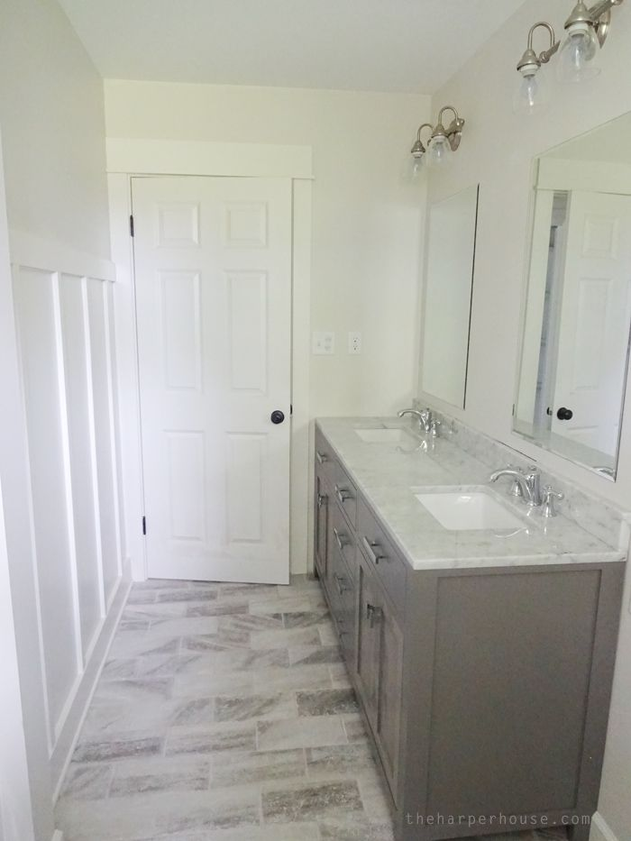 Classic Gray And White Bathroom Gray And White Bathroom Bathrooms Remodel White Bathroom Designs