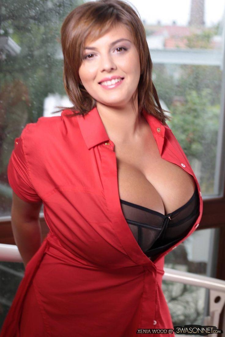 Vanessa hudgens tits and pussy