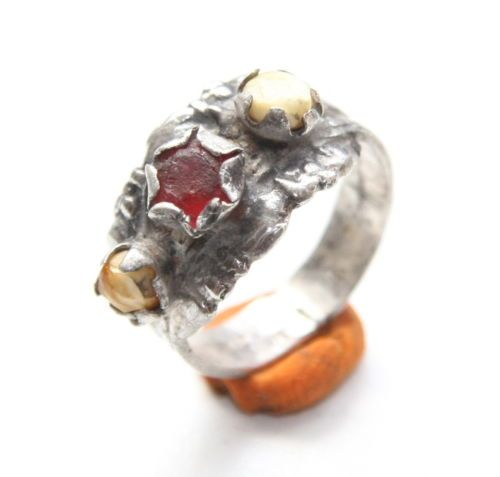 Ancient-Old-Medieval-Silver-Ring-With-Inlay-AVG25