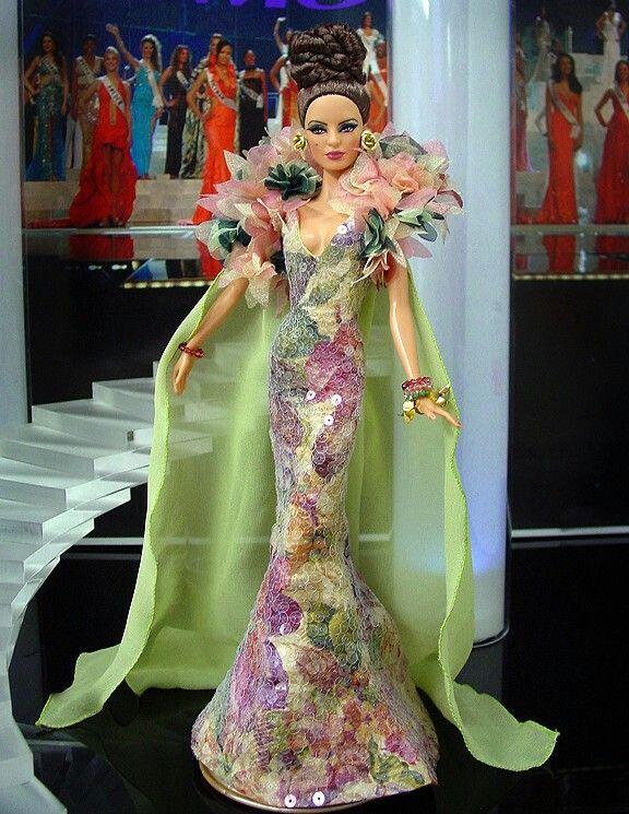 Fashion Dolls at Vans Doll Treasures: Meet Ninimomo