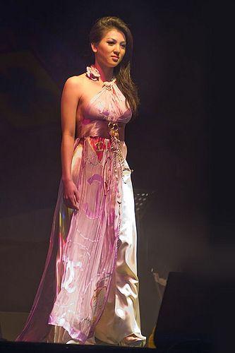 Calvin Hiep Ao Dai Fashion Show Ao Dai Vietnamese Dress