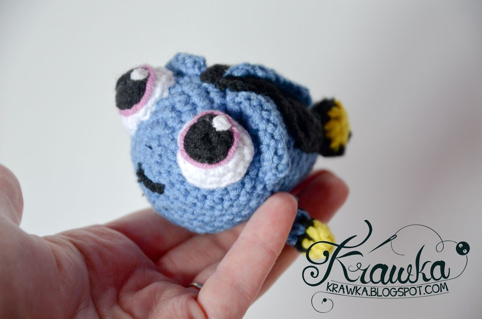 Krawka: Baby Dory crochet free pattern by Krawka. Dory, finding nemo ...