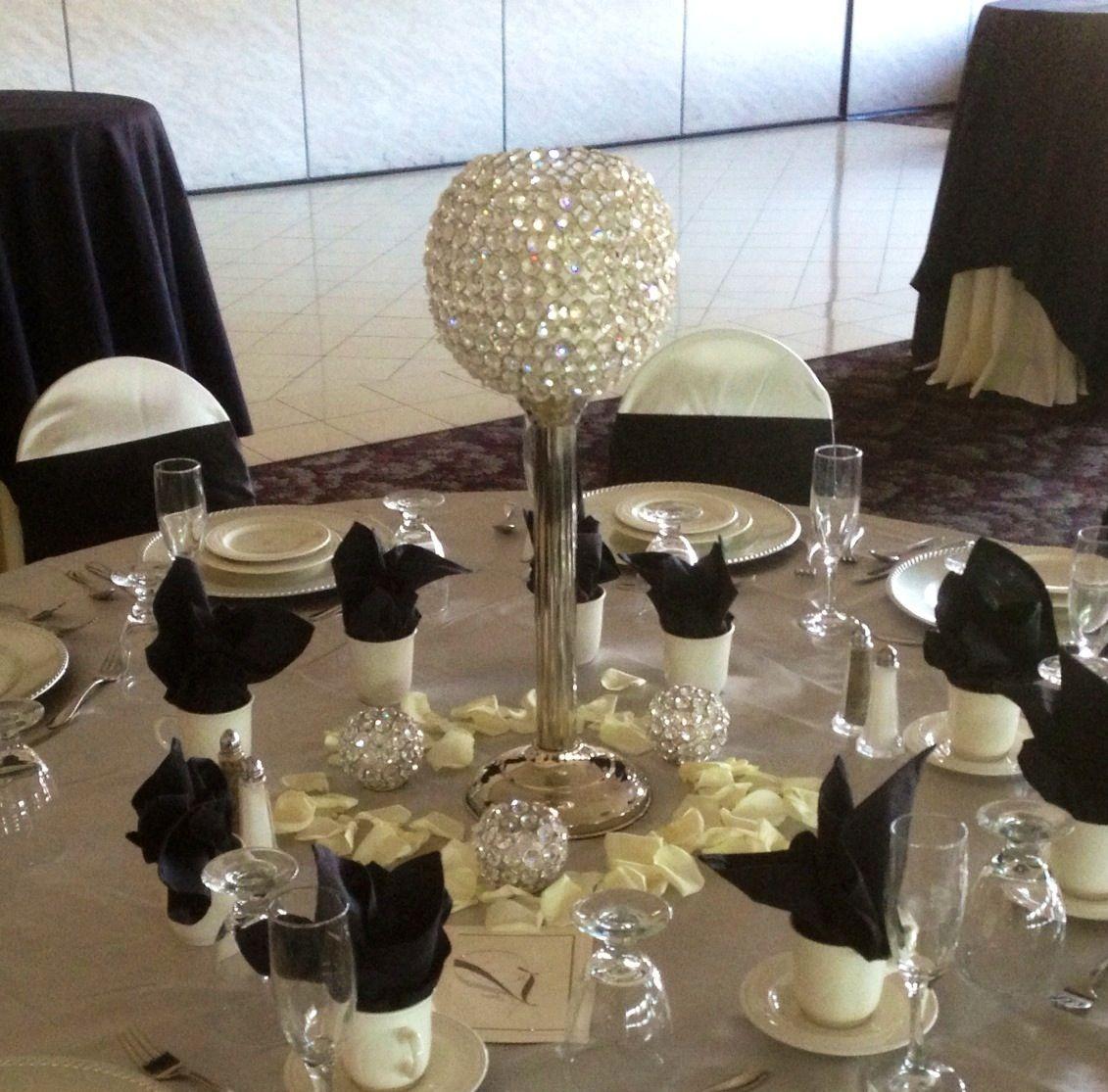 50th Wedding Anniversary Gift Etiquette: #www.mancusosweddings.com #Detroit #Michigan #Weddings