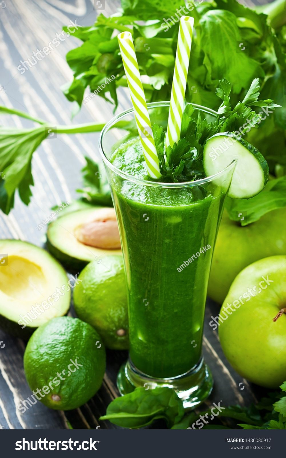 Green detox smoothie with avocado, cucumber, spinach and fresh greens. Healthy eating, weight loss and dieting concept, selective focus with shallow depth of field #Sponsored , #ad, #fresh#spinach#Healthy#greens