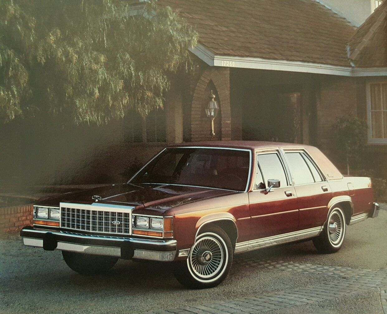 1985 ford ltd crown victoria brougham [ 1242 x 1007 Pixel ]