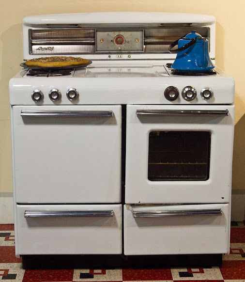 Old stoves and ovens | Stoves, Ovens and Cooktops | Basic kitchen