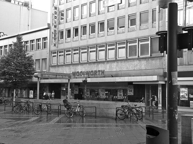 Woolworth In B W Wilmersdorfer Strasse Charlottenburg Berlin Germany Berlin Strasse