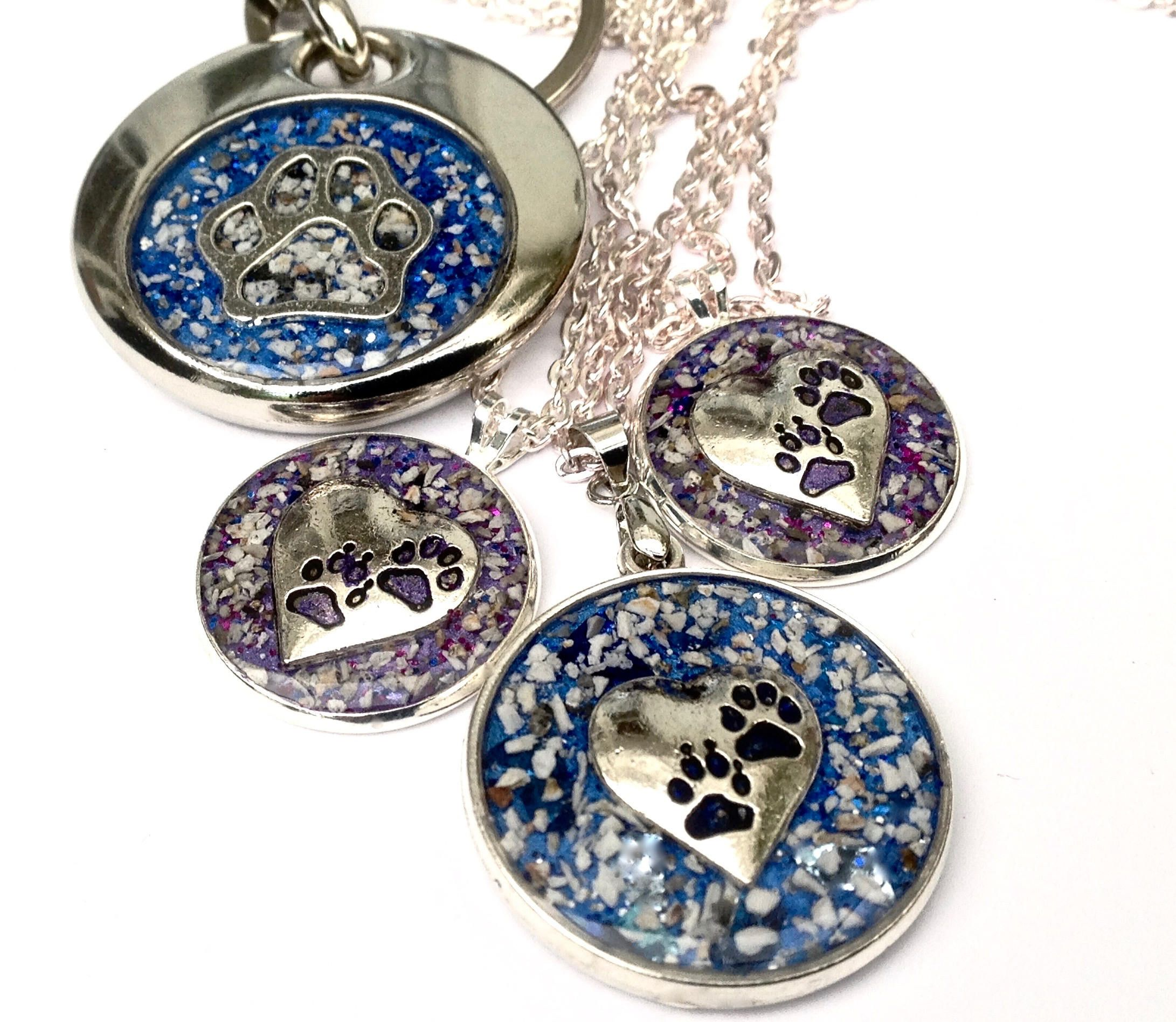 Cremation Jewellery for ashes. Safely sealed in resin