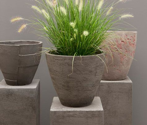 clean and modern ceramic planters from veniceclayartists.com