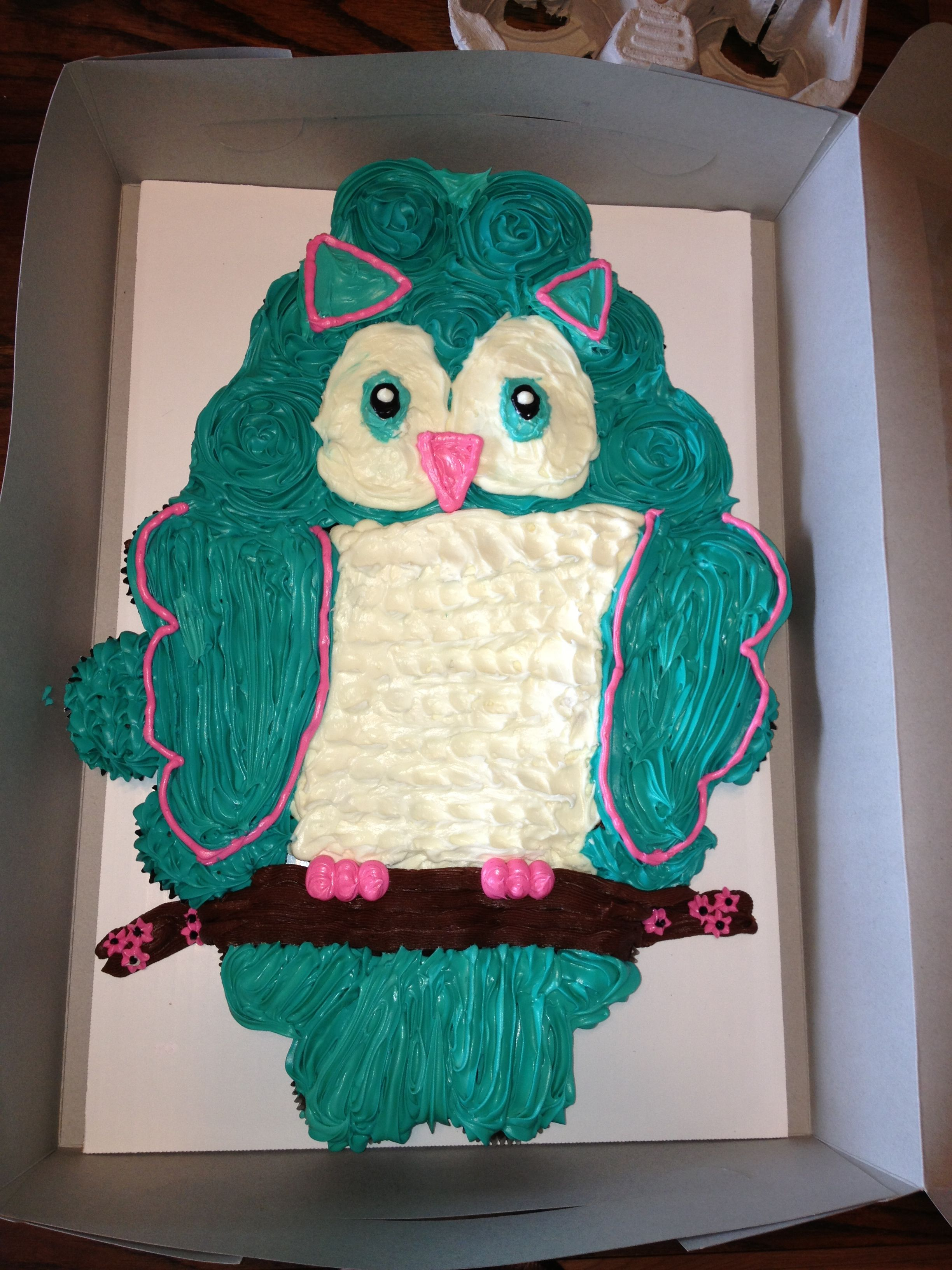 Owl Pull Apart Cupcake Cake