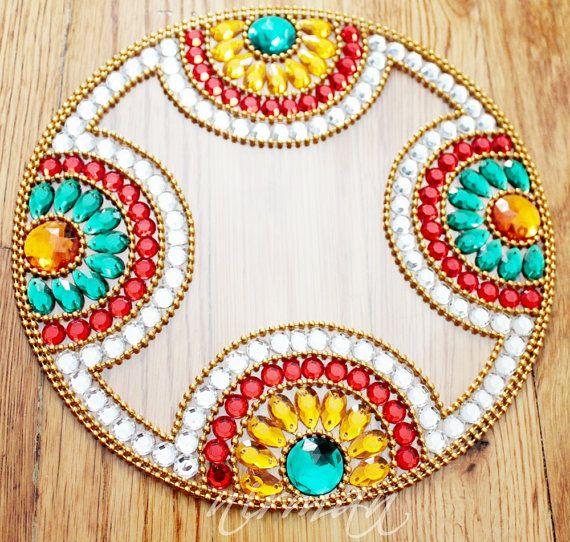 Circle Floor Art, Home decor rangoli, Wedding table decor, favors ...