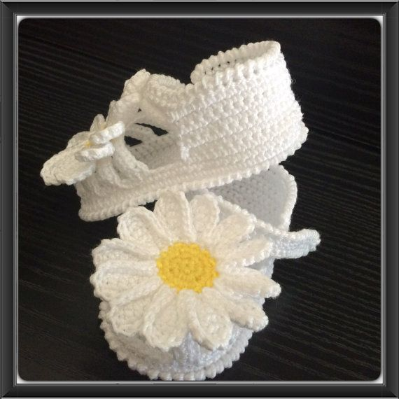 White Crochet baby girl shoes,Crochet baby booties, Summer Sandals ...
