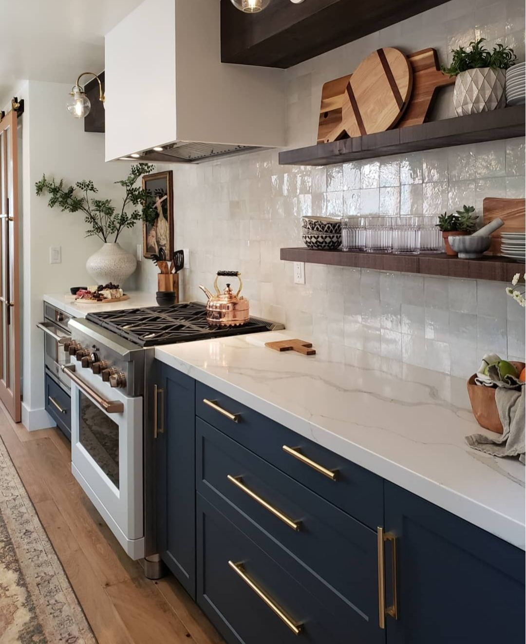 Kismet House Kitchen Remodel Coastal Style Quartz Countertops Dark Cabinets In 2020 Interior Design Kitchen Home Decor Kitchen New Kitchen Cabinets