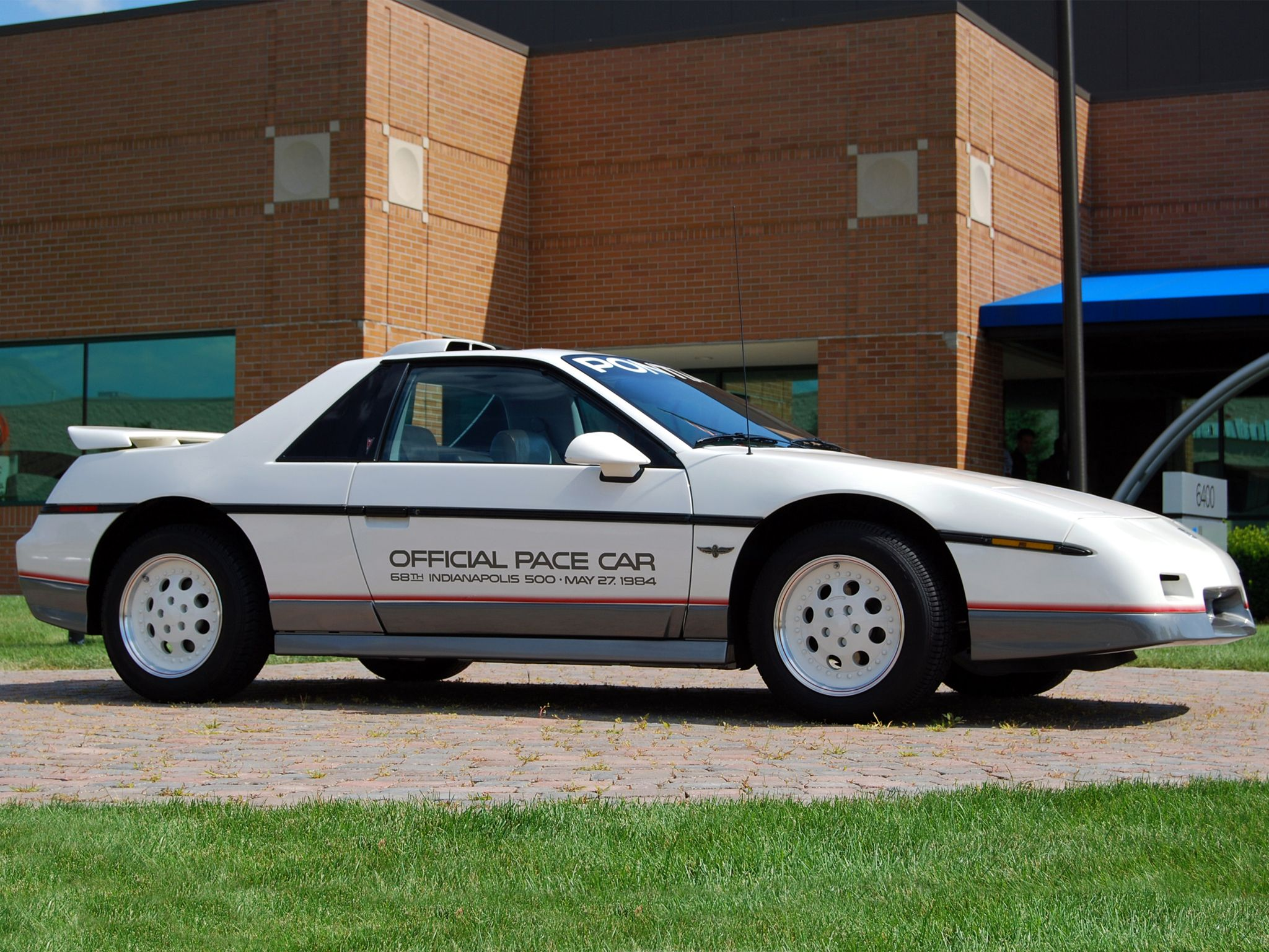 1984 Pontiac Fiero Indy 500 Pace Car (With images)