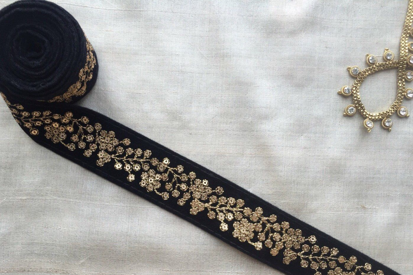 SOLD by METRE ATTRACTIVE INDIAN LEAF EMBROIDERY LACE TRIM ON VELVET SLIM GREEN