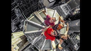 DAREDEVIL PHOTOGRAPHERS ROOFTOPPING ABOVE NYC!