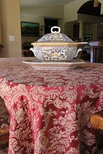 108 X 132 Oval Miranda Damask Tablecloth Table Cloth Table