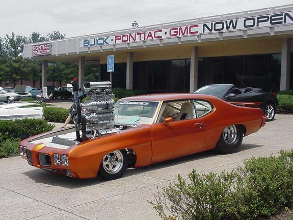 Double Blower Cars Some Pics On This Site Have Chicks In Bikinis
