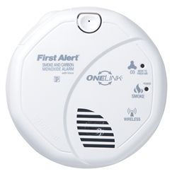 First Alert Sco500b Battery Operated Wireless Combination Smoke And Carbon Monoxide Alarm With Voice Location Carbon Monoxide Alarms Smoke Alarms Fire Safety