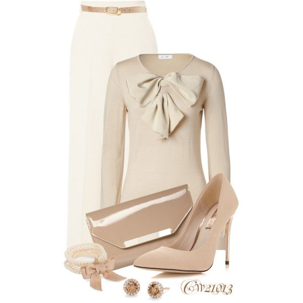 A fashion look from October 2014 featuring Moschino sweaters, Delpozo capri and Miss Selfridge pumps. Browse and shop related looks.