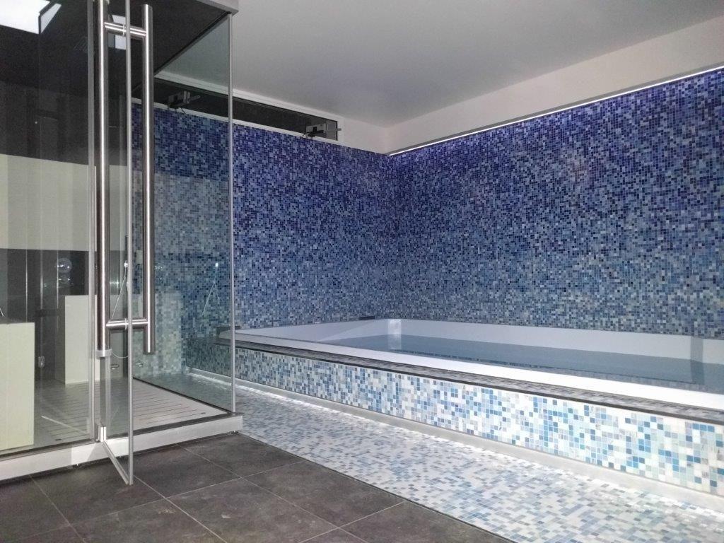 Bisazza decori in tecnica artistica loop green mosaico bagno