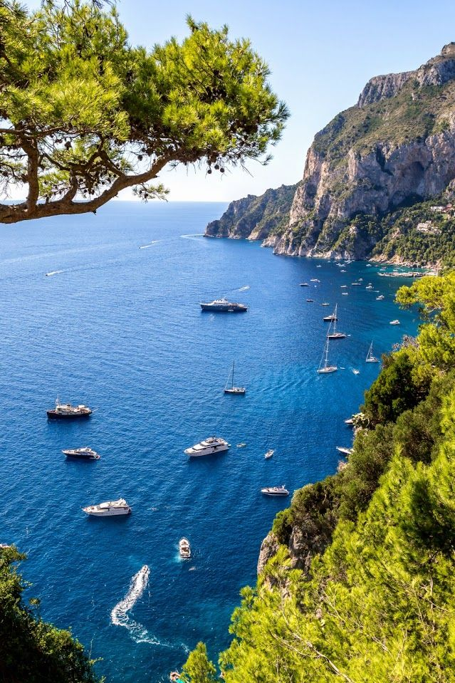 Capri Island, Italy life is but a dream #sdsvacations # ...