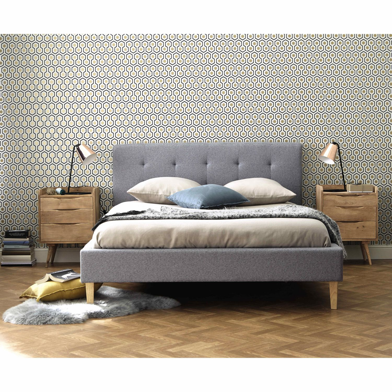 Bett Aus Holz Und Stoffgrau 160x200 Affordable Furniture