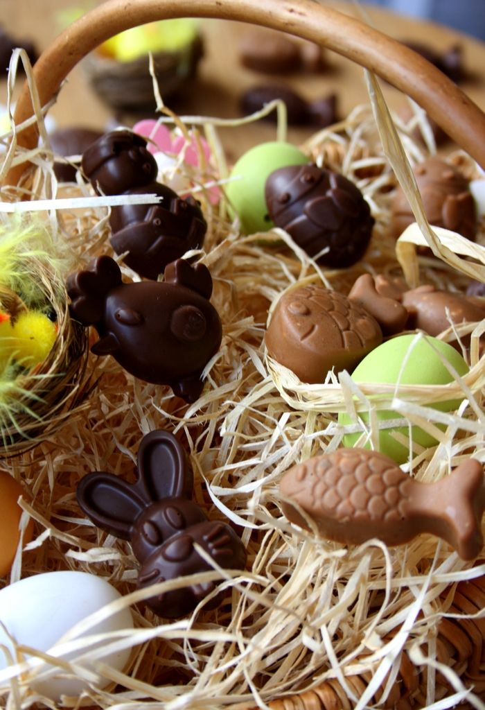 Chocolats de Pâques maison (deux recettes) - Amandine Cooking   Chocolat de  pâques maison, Chocolat paques, Repas de paques